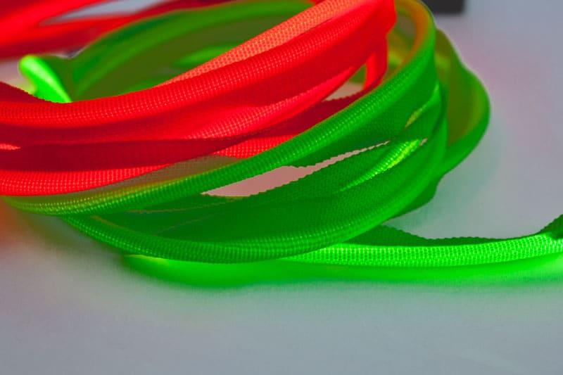 Sangle avec LED vert et rouge